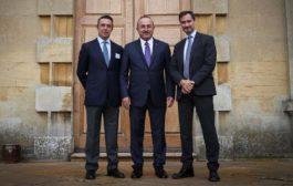 """""""Chatham House - Koç Holding Yuvarlak Masa Toplantısı""""nın ikincisi, Koç Holding ev sahipliğinde 12-13 Ekim tarihleri arasında İngiltere'de gerçekleşti."""